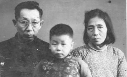 伯林二哥同世容二嫂在一九六五年十一月