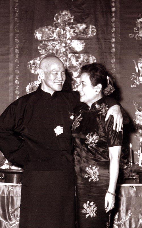 蔣公與夫人