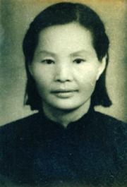 怀念母亲龙桂英