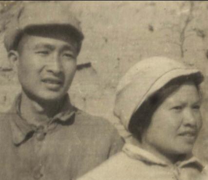 携手奋斗70年的革命伉俪李云扬、伍乃茵