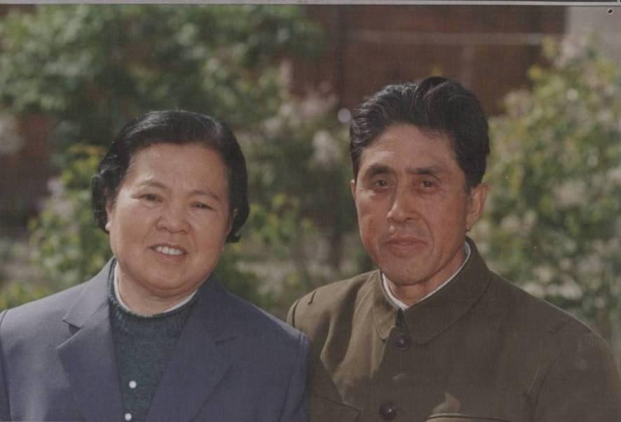 永远怀念我们的爸爸妈妈-王志敏、高玉洁